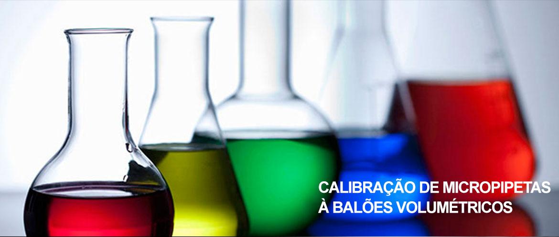 Calibração de micropipetas à balões volumétricos